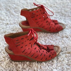 Earth Daylily Red Gladiator Lace-up  Peep Wedge EU